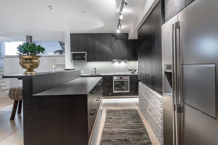Yli tuhat ideaa Moderni Keittiö Pinterestissä  Modernit keittiöt,Arkkitehtu