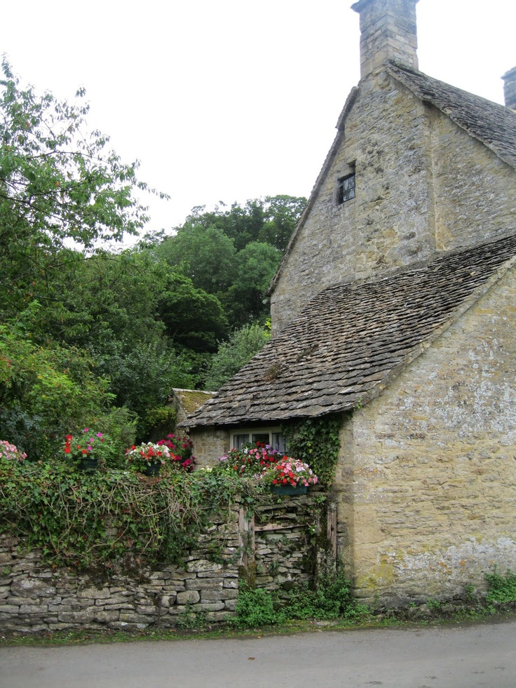 Visited the enchanting Cotswolds in May.....beyond charming! Cottage in the Cotswalds