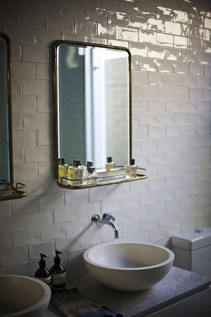 glossy tiles add so much texture to the white