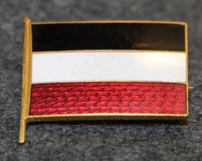 Saksan lippu, musta-valko-punainen.