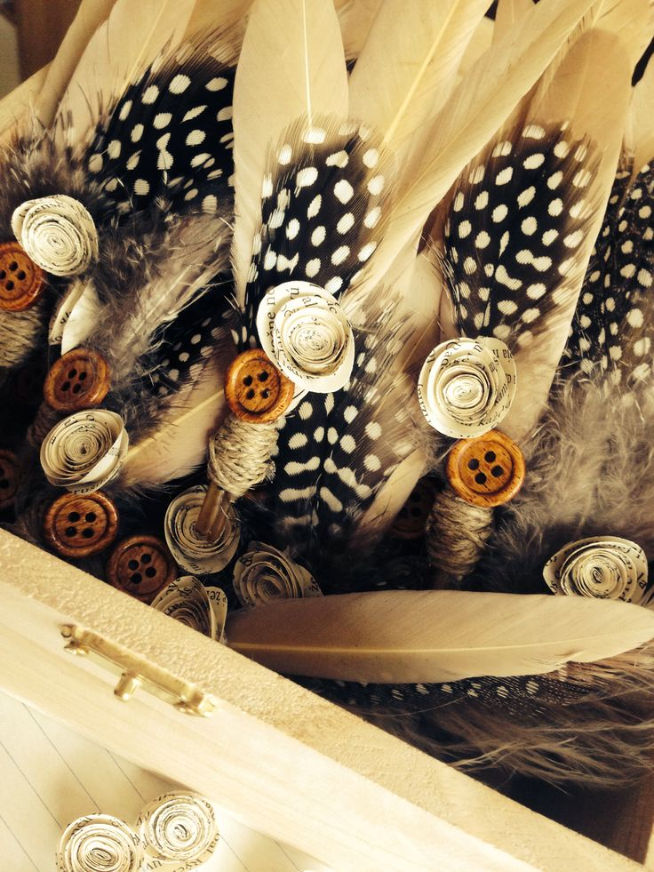 Our rustic feathers ^_^