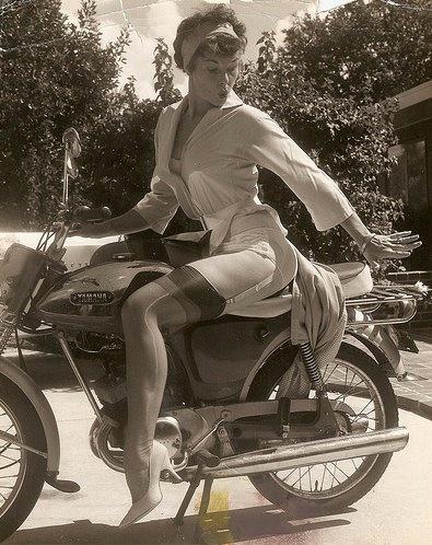 Gil Elvgren model