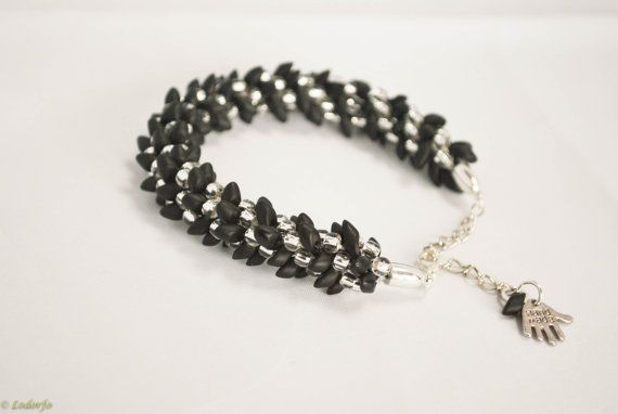 Ladies' beaded bracelet, black and silver spiral beaded bracelet, adjustable bracelet