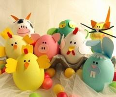 Farm animal decorated Easter eggs // Huevos de Pascua decorados como animales de granja