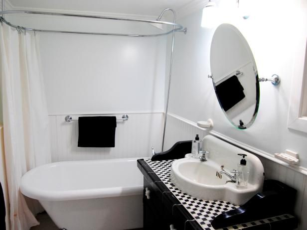 Website Picture Gallery Explore your options for vintage bathroom sinks plus check out inspiring pictures from HGTV