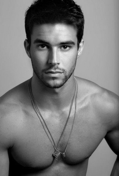 Bernardo Velasco- Brazilian model ♥ His eyes are beautiful!!