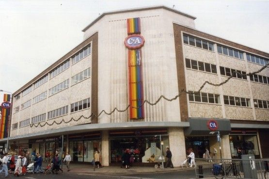 Flashback photos of the old C&A store in Hull city centre. October 1990.