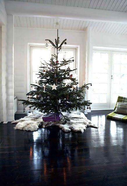 home inspiration: A MODERN CHRISTMAS | bellaMUMMA