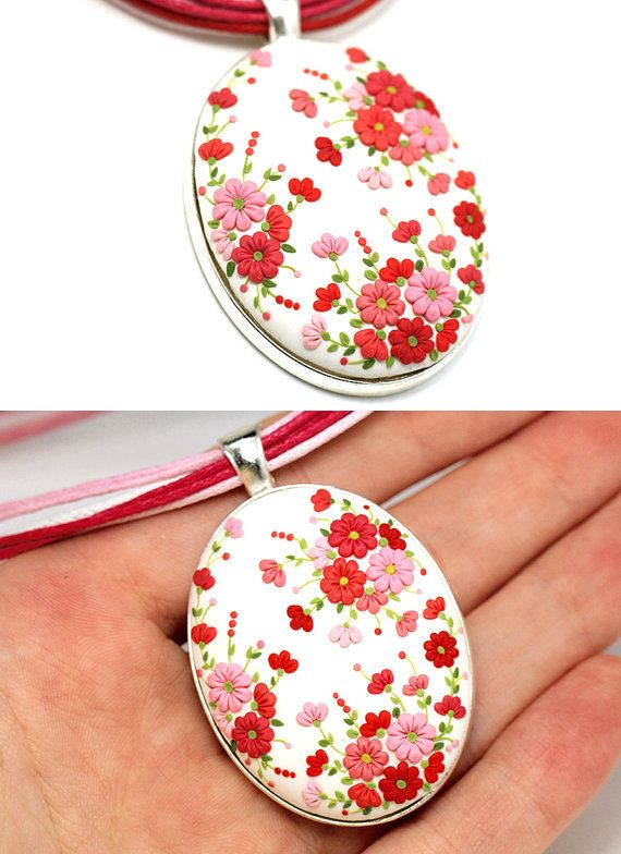 Oval Floral Pendant Necklace White Red Coral van KittenUmka op Etsy