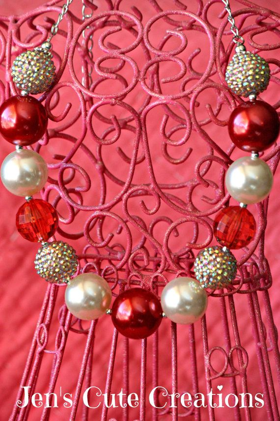 Valentine Red and Cream Chunky Beaded Bubble Gum Necklace