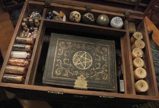 Magickal Ritual Sacred Tools. So pretty! #Tools of #Magick.