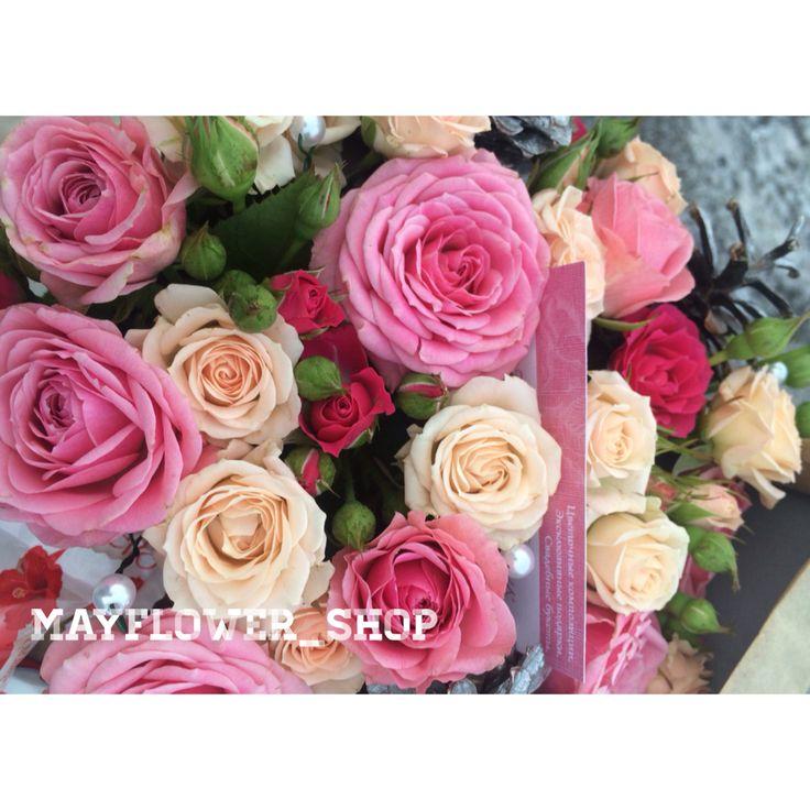 Шикарные спрей-розы. Коробочка с Розой. Розовая и кремовая спрейка
