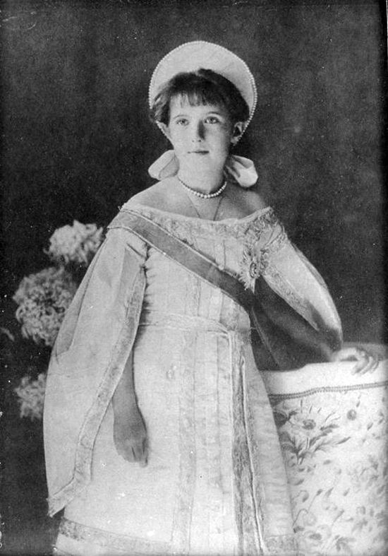 Grand Duchess Anastasia Nikolaevna Romanova in a russian court dress, circa 1910