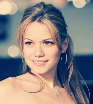 Bethany Joy Lenz: Bethany Joy Lenz, Celeb, Bethany Joy Galeotti, Beautiful People, Hair, Favorite People, Role Models
