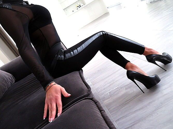 HOSE SCHWARZ LEDER Optik Neu Stretch Damen Leggings T29 Leather Look Pants S/M