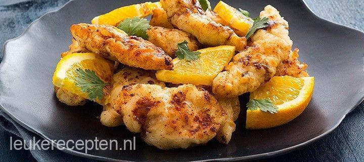 Stukjes kip met een krokant laagje met een oosterse saus met sinaasappel