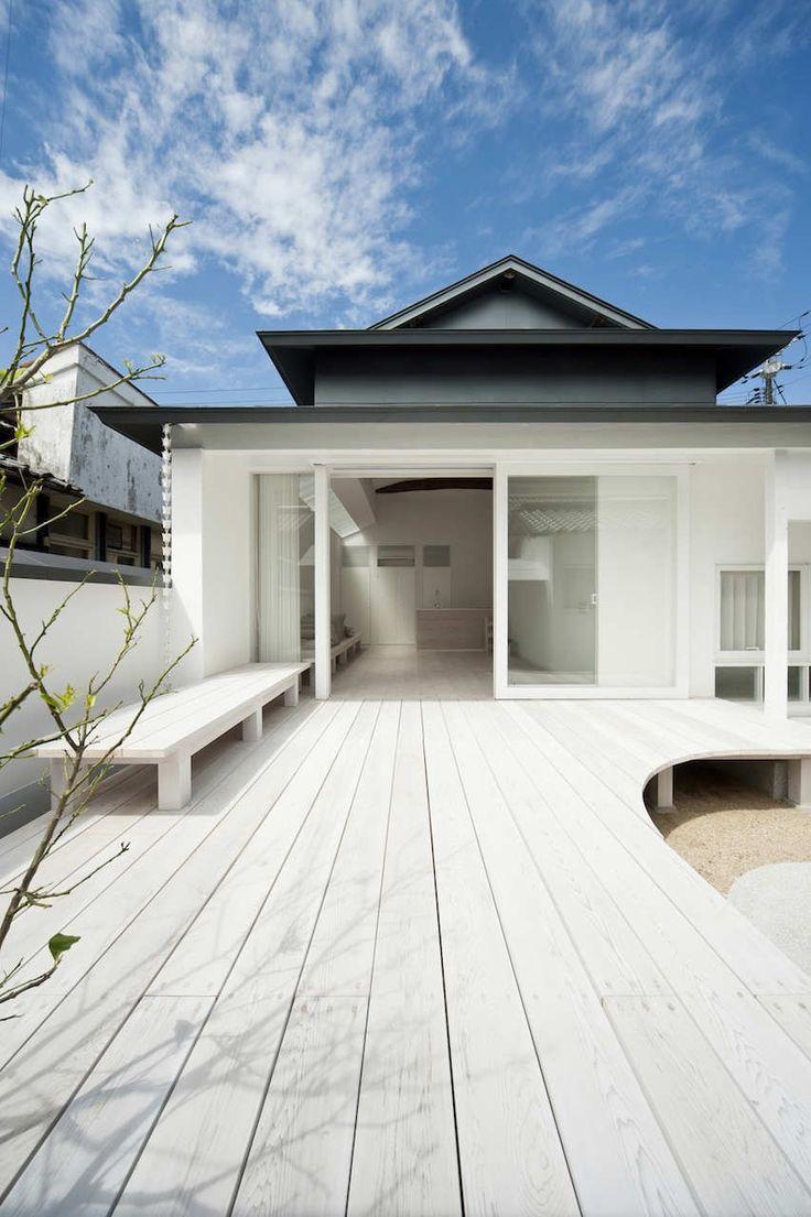 Gallery of White Dormitory For Il Vento / Koichi Futatsumata - 12