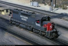 RailPictures.Net Photo: SP 3102 Southern Pacific Railroad EMD SD35 at Bloomington, California by Craig Walker