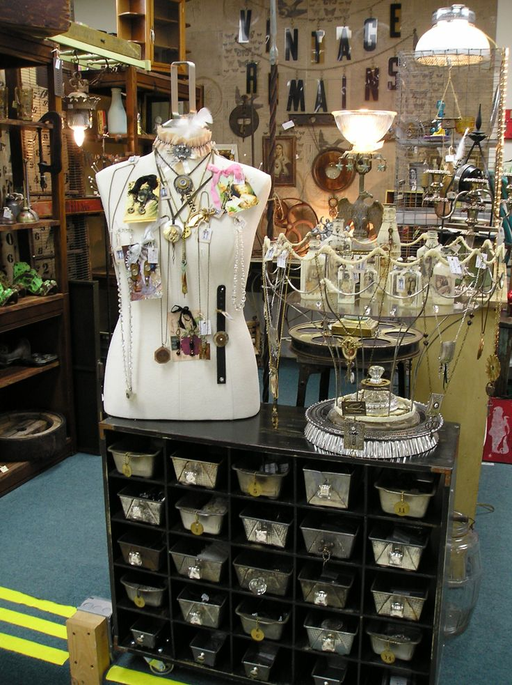 Vintage Remains - Booth Display - Fox Lake Country Antiques Mall Oconomowoc WI