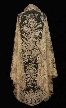 Handmade Brussels Bobbin Applique Lace Shawl c.19th Century