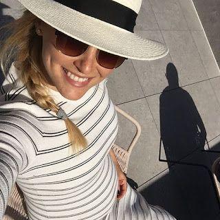 海外セレブニュース&ファッションスナップ: 【バー・ラファエリ】素敵カップル!スペインで旦那さんと連日手つなぎデート!