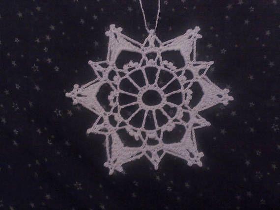 Schneeflocke in weiß für Baumbehang häkeln Größe 55