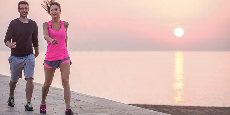 Vous êtes à la recherche d'un programme de remise en forme ou vous cherchez à vous remettre au sport en douceur ? Avec cet entraînement de 4 semaines, atteignez votre objectif de marcher 5km en 50 minutes de marche rapide.