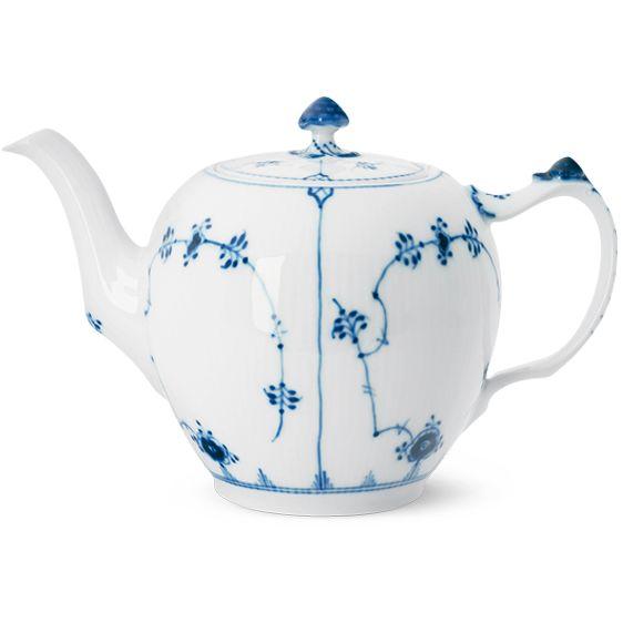 Royal Copenhagen Blue Fluted Plain Tea pot 100 cl