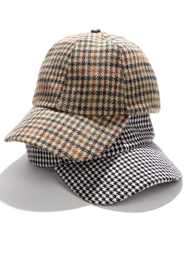 Wool-blend baseball cap with a tweed print and adjustable back closure for the perfect fit.
