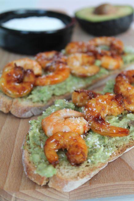 Tartines Avocat – Crevettes – Noix de Coco