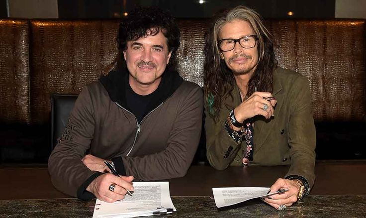 Steven Tyler Signs with Nashville Record Label. Gone Country...he can do anything!