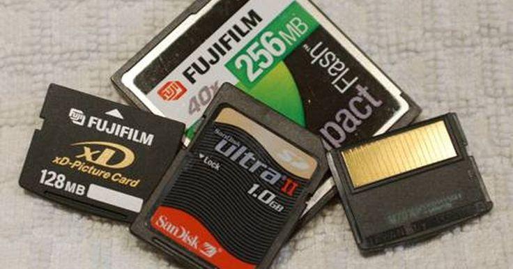 Cómo usar una tarjeta de memoria en una computadora portátil Toshiba. Toshiba es una de las principales compañías de alta tecnología en el mundo. Producen artículos que van desde los televisores a las computadoras además de productos de electrónica. Sus computadoras portátiles son confiables y duraderas. Otro avance de la tecnología lo constituyen las tarjetas de memoria. Los usuarios pueden almacenar datos o fotos ...