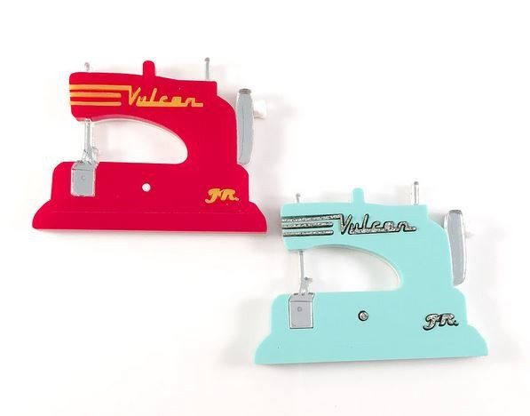 Deer Arrow - Retro Sewing Machines