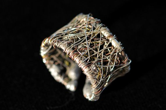 Silver band ring, solid silver ring, wire sculptural ring, art ring, adjustable ring, unique ring for her, modern art jewelry, Christmas  This solid silver wire band ring, made of silver, and colored copper wire. The height of the modern, wire sculpture art ring is 1,6 cm (0.63in).The silver-copper unique ring for her, unusual jewelry, Christmas gift, is adjustable to all fingers.