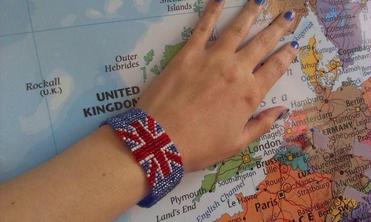UK bracelet from beads