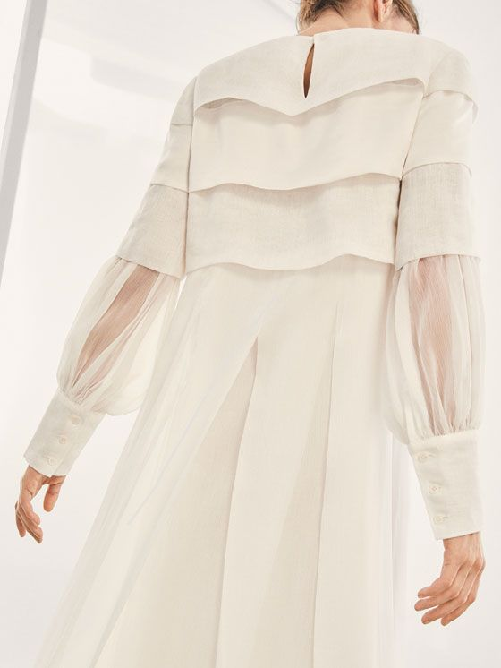 Fall Winter 2017 Women´s LIMITED EDITION LAYERS AND PLEATS SILK DRESS at Massimo Dutti for 395. Effortless elegance!