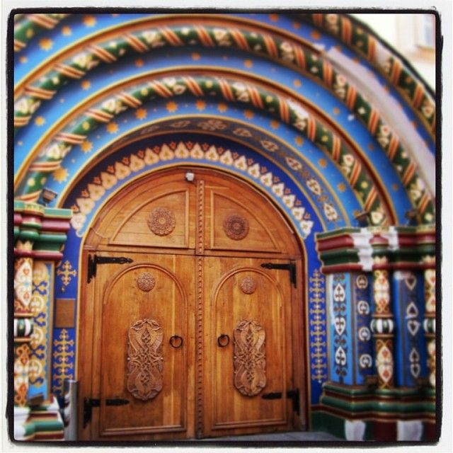 Coolest #door ever in #Moscow #Russia . (at Moscow Russia) ShamelessTraveler.com