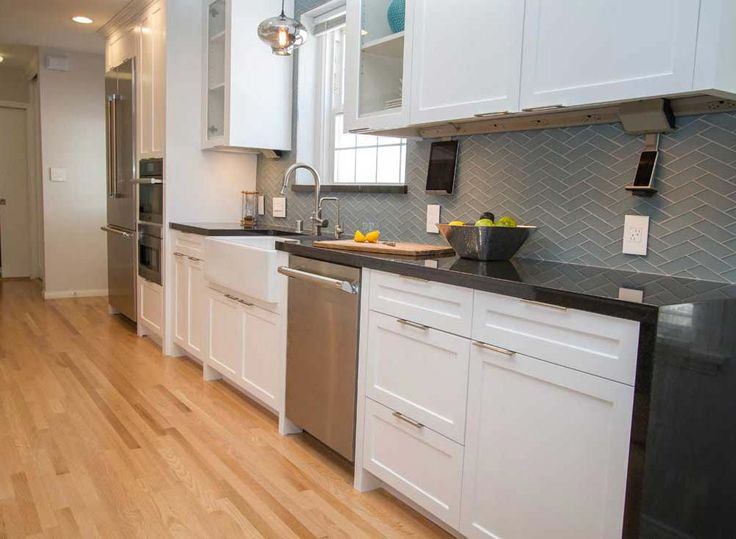 L2 Interiors   HGTV HOUSE HUNTERS RENOVATIONS  Electronics- in the kitchen