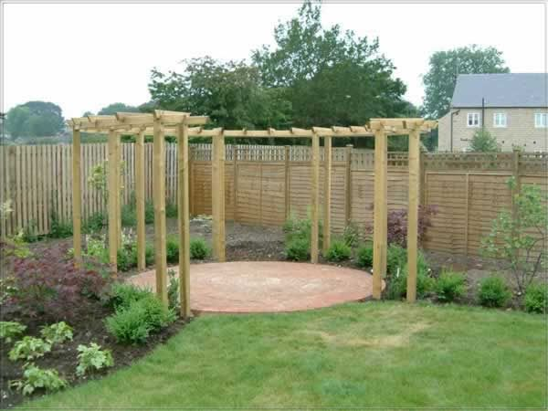 "pergola...circle ""Saw this... thought I should re-pin!!!"""