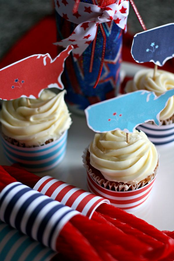 Free 4th of July printables from my friend Kim at Today's Creative Blog red white & blue