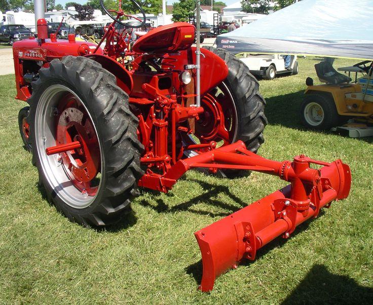 Plow Trucks For Sale >> IH 2-Point Fast-Hitch Grader Blade   Farmall tractors, Tractors, International tractors