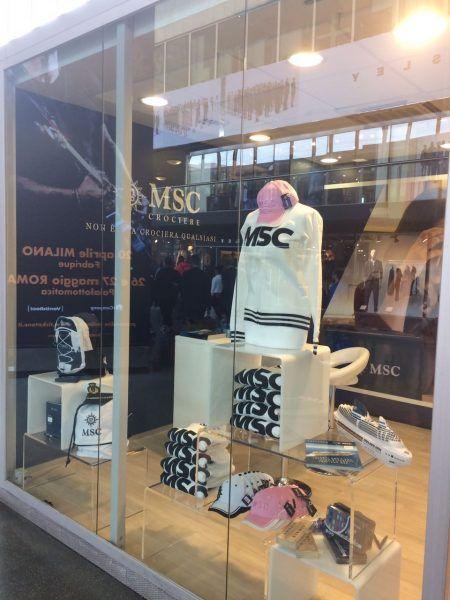 Il 13 aprile a Roma in Stazione Termini il primo Pop Up Store nel mondo delle croicere, sarà MSC Crociere a proporlo.   Liveboat sito,forum e blog crociere