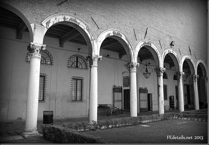 Il cortile del Palazzo dei Diamanti - The courtyard of the Palazzo dei Diamanti, Ferrara, Italy, Photo3