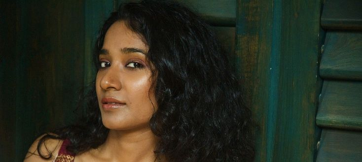 Racist insult on Tannishtha Chatterjee at Comedy Nights Bachao show