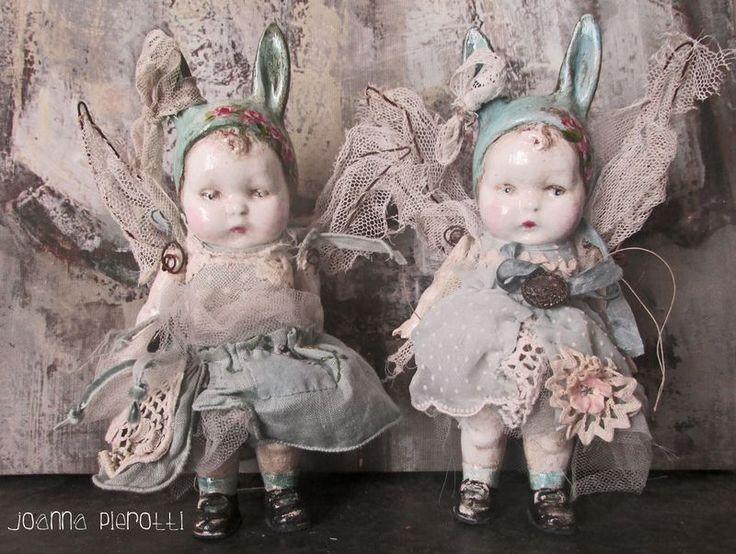 So cute! Mixed media art Bunny Babies http://www.thewhiterabbit.com #thewhiterabbit #aliceinwonderland