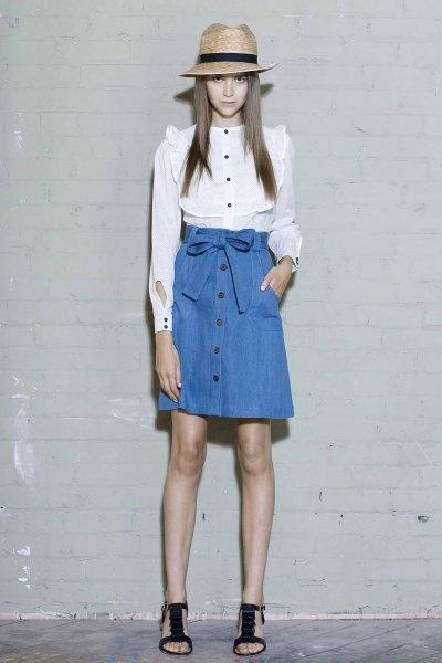 denim skirtOutfit Ideas, Denim Outfit, Fashion Blogs, Classic Denim, White Blouses, Crisps White, Easy Denim, Denim Skirts, Straws Fedoras