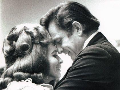 June Carter Cash and Johnny Cash <3