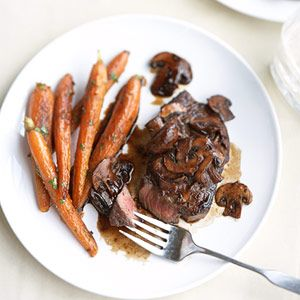 Wine-Glazed Steak & other healthy dinners for two.