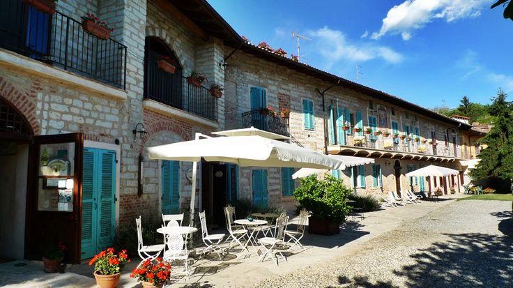 Ca San Sebastiano. Una piccola perla del Monferrato, per un week end di completo relax o un matrimonio intimo e speciale.