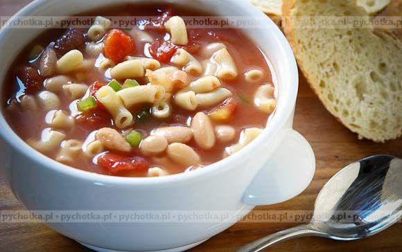Gęsta zupa z boczkiem, pomidorami i fasolą
